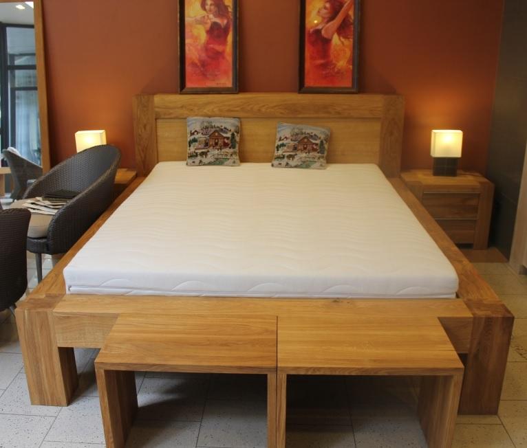 """Medinė lova """"BONA"""". Masyvo mediniai baldai. Medinės lovos. Ąžuolo masyvo lovos."""